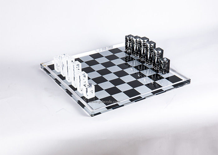 Wholesale Creative Black White Printing Clear Crystal Acrylic Chess Set